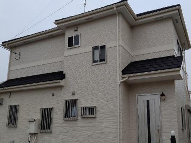 【施工実績407】外壁塗装・屋根重ね葺き:埼玉県坂戸市
